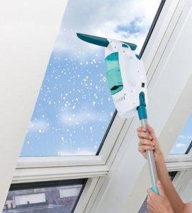 Leifheit Fenstersauger im Einsatz